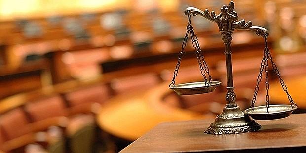 Avukatlar disiplin gerekçesiyle izlediği davadan uzaklaştırılabilecek