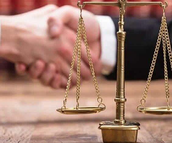 Şirket yöneticisinin sorumluluğu  haksız fiil esasına göre olup zarar tarihinden itibaren faize hükmedilmesi gerekir